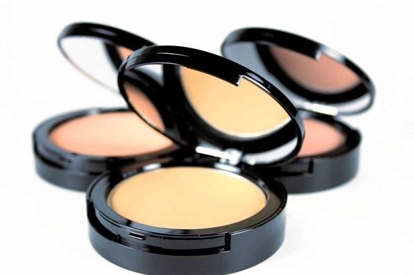 Tipos de Bases para el maquillaje - Bases en polvo mineral
