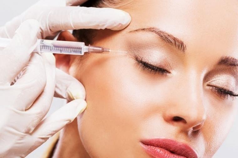 Botox y tratamientos con ácido hialurónico