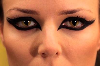 Caracterización lentillas - Pupila alargada con aspecto felino