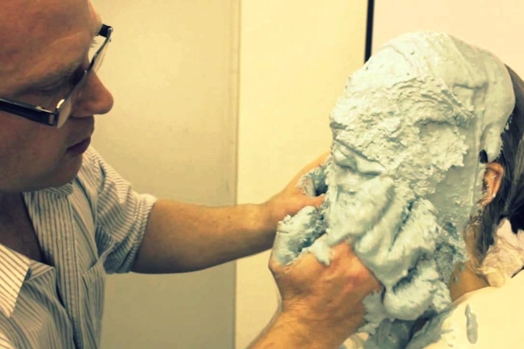 ¿Cómo fabricar un molde positivo del rostro?