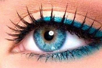 Como maquillar los ojos azules