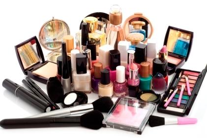 ¿De que están echos los cosméticos?