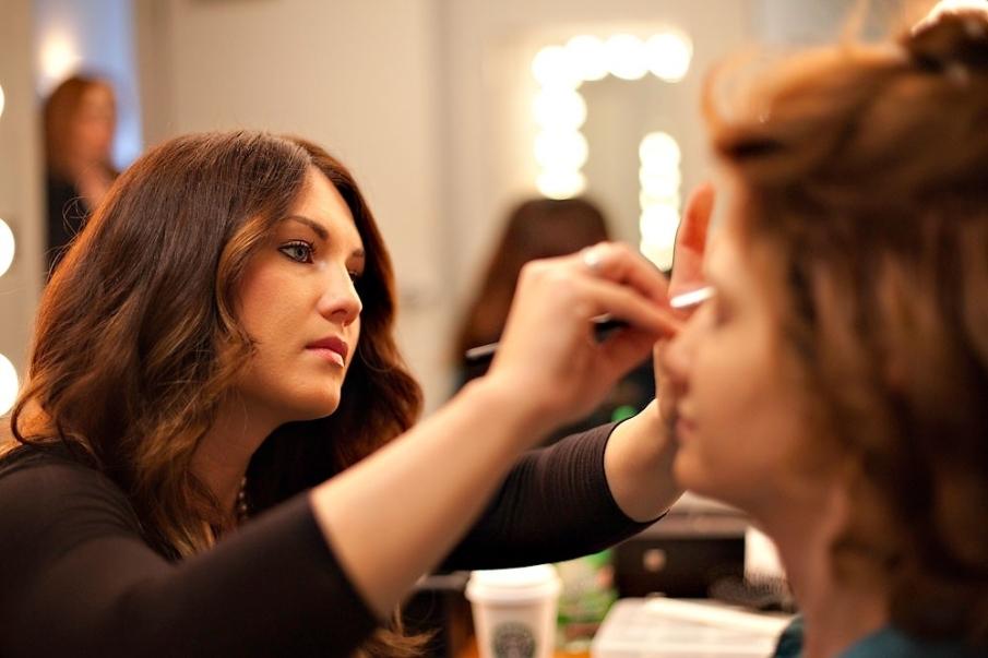 Maquilladores profesionales en actos publicos, books y cargos de representación
