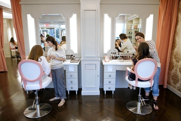 Maquilladores profesionales en celebraciones, galas eventos protocolarios