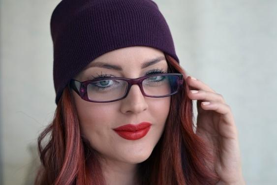 Maquillaje con gafas de colores