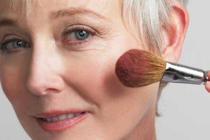 Maquillaje natural a partir de los 50