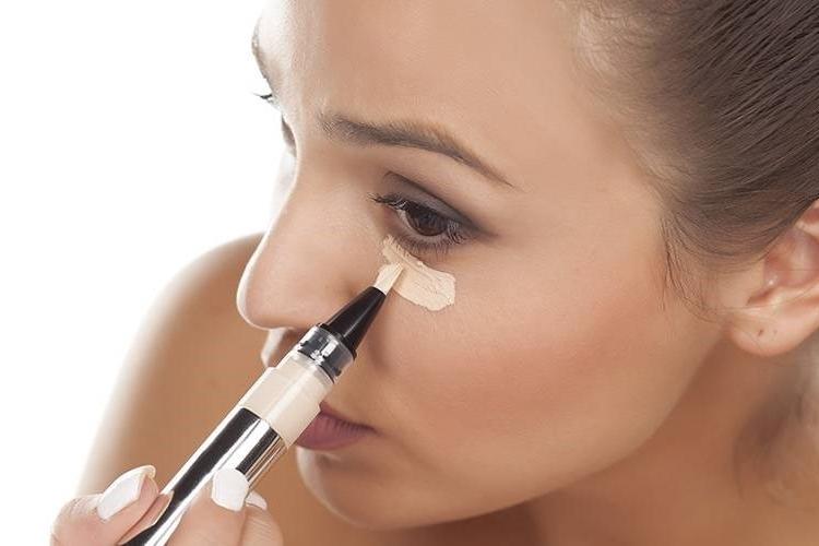 Maquillaje natural - Corrector