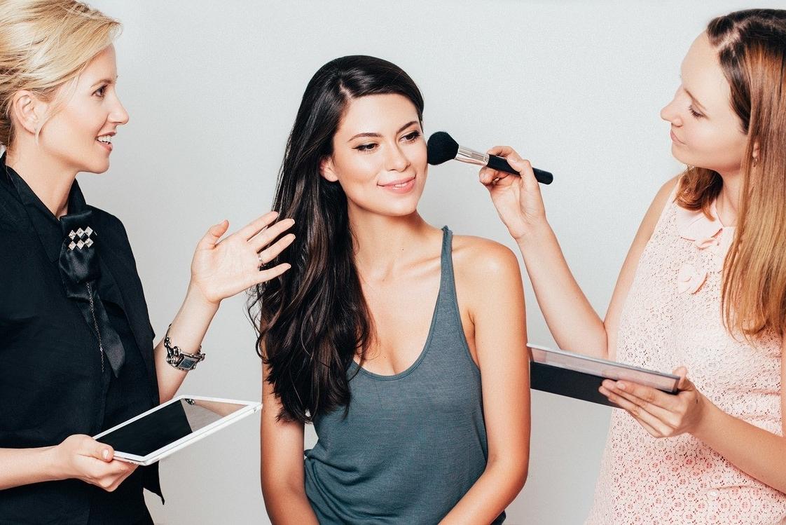 ¿Por qué es importante el maquillaje en la fotografía?