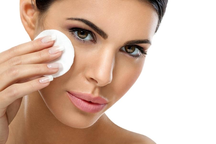 Primer punto: empezar a trabajar sobre una piel limpia