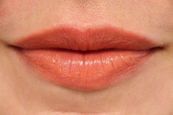 Tipos de labios - labios asimétricos