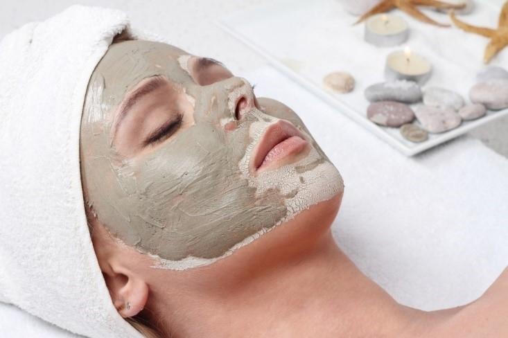 Mascarilla facial. Tipos, funciones y usos para cada piel