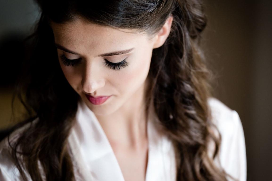 ¿En qué ocasiones se requerirá un trabajo profesional de maquillaje en fotografía?