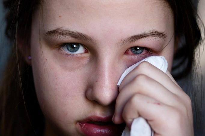 Utilizar el mismo maquillaje después de haber atravesado una enfermedad infecciosa